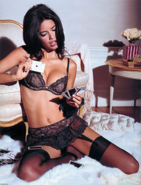 adriana-lima-picture8.jpg