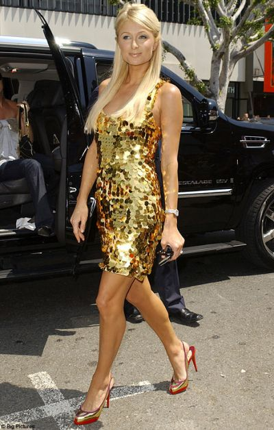 paris-hilton-clothing.jpg