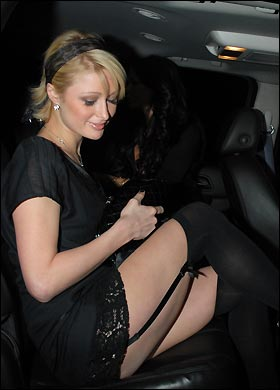 paris_stockings_376169a.jpg