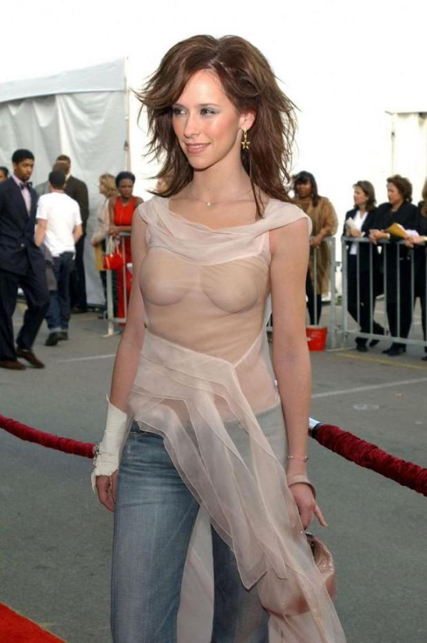 jennifer_love_hewitt9