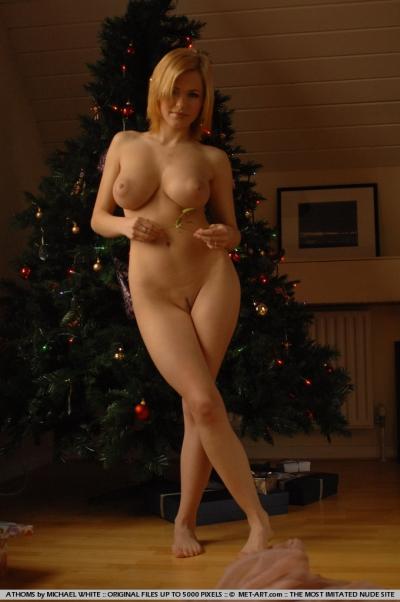 девушки голые крупные фото